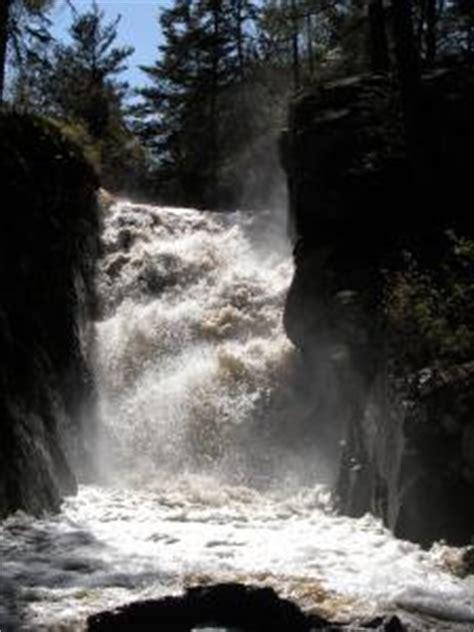waterfalls   lake michigan watershed