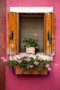 flower boxes for windows Window box ideas: 13 colourful gardening ideas for window boxes - Good Housekeeping