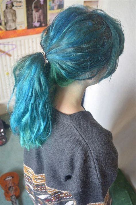 cabello turquesa tumblr
