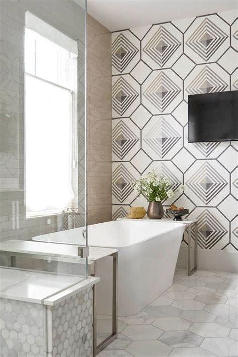 Modern Bathroom Wall Designs by Modern Rectangular Bathtub With Mercury Glass Chandelier