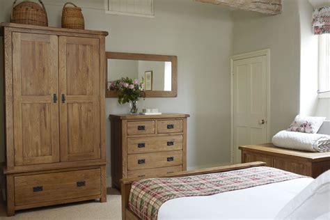 rustic solid oak lovely bedroom furniture   home