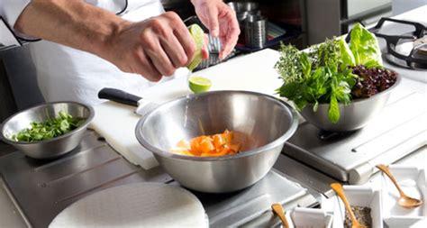 cours cuisine toulon offres cours de cuisine bons plans jusqu 39 à 70 pour devenir cuisiner groupon fr