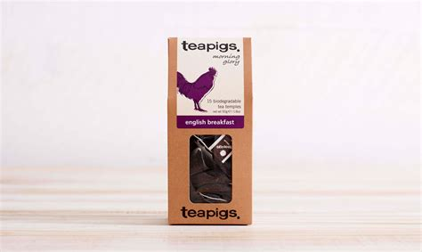 A sweetwaters' sweet & spicy blend of organic black tea, honey, vanilla, and spices mixed with milk. click here to read more about Teapigs Tea