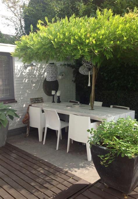 table et chaise de jardin pas cher comment choisir une table et chaises de jardin