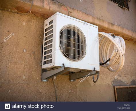 Externe Klimaanlage Auto by Air Conditioning Stockfotos Air Conditioning Bilder Alamy