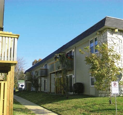 one bedroom apartments springfield mo forest cove springfield mo apartment finder