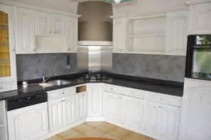 renover sa cuisine en chene rnover une cuisine en bois armoire bois relooking de