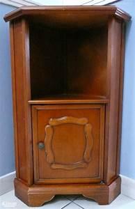 Meuble Angle Bois : petit meuble d 39 angle en bois exotique ~ Edinachiropracticcenter.com Idées de Décoration