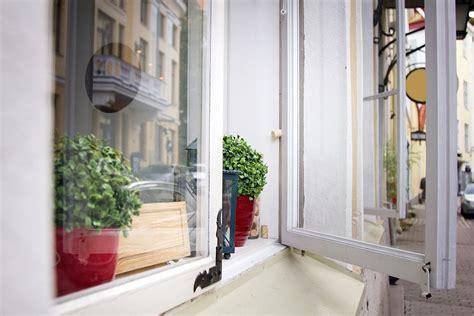 casement  awning window style guide window world  jersey coast