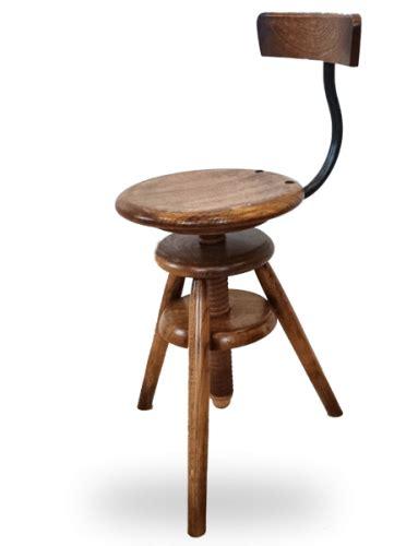 choisissez le tabouret traditionnel ou design en bois fabriqu 233 en tabouret bois 224 vis