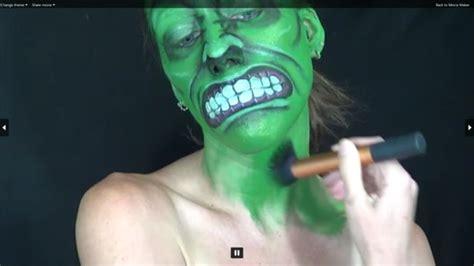 Cómo pintar tu cara como Hulk / Paso 9: cuerpo askix com