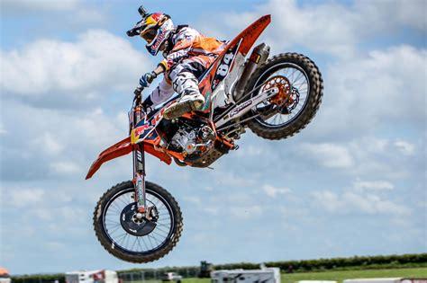 best motocross bikes best motocross bikes for beginners and kids red bull