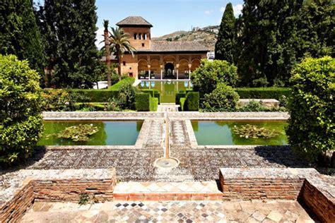 Jardin De L Alhambra Marrakech by Dans Les Jardins De L Alhambra En Espagne Pearltrees