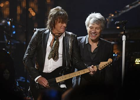 Bon Jovi Reunites Band Enters Rock Hall Fame