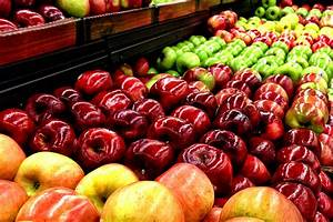 Grocery Store Apples May Be Up To 10 Months Old When You