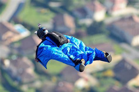 Wingsuit BASE Flying Discipline - Buildings, Antennas ...