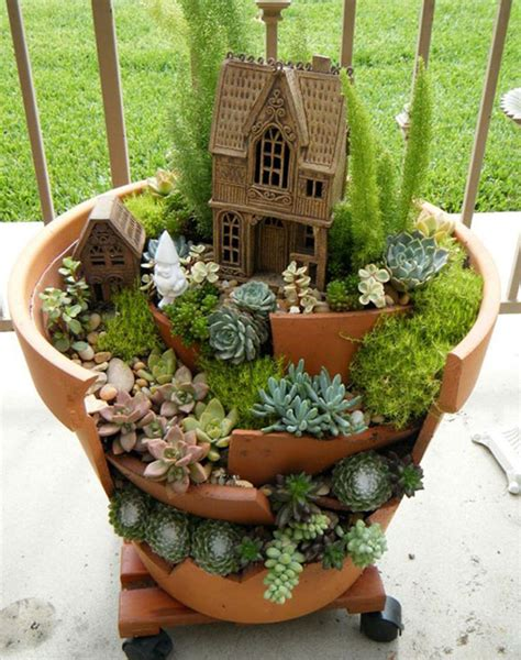 Driftwood Christmas Trees For Sale by Broken Pots Turned Into Brilliant Diy Fairy Gardens