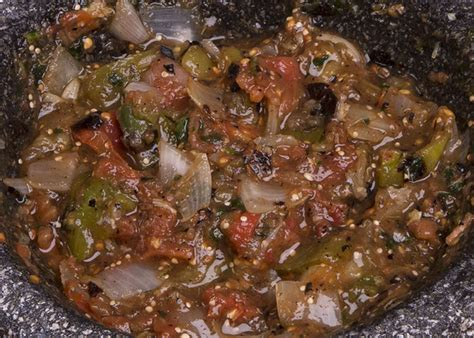 journal cuisine how to use a molcajete