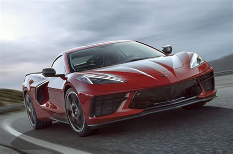 chevrolet corvette  debuts   hp