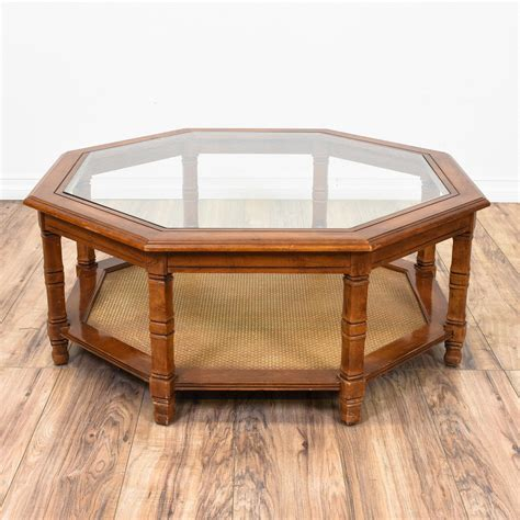 The most common cherry coffee table material is wood. This octagon coffee table is featured in a solid wood with a glossy cherry finish. This large ...