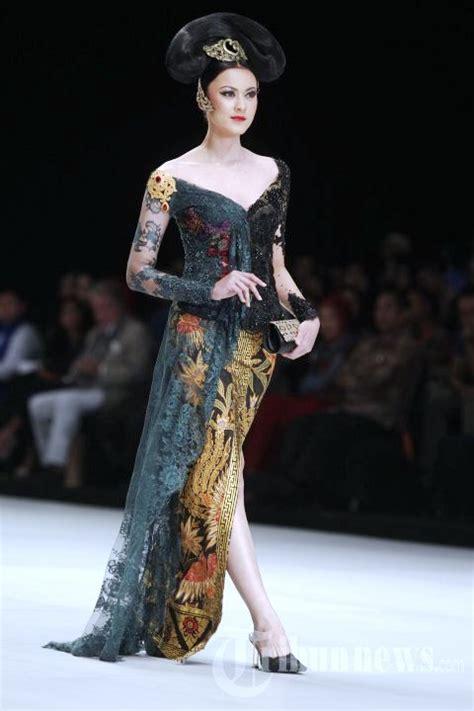 Model Blus Wanita Dewasa Gemuk Gambar Model Baju Muslim Untuk Orang Gemuk
