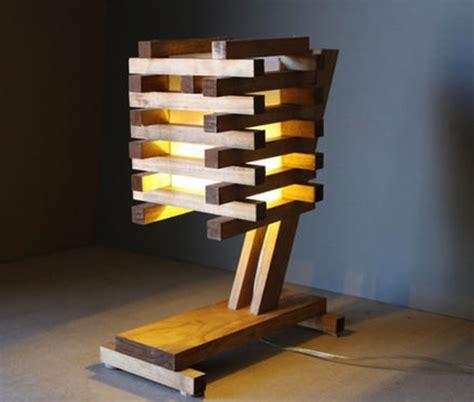 inspiring ideas    turn wooden pallets