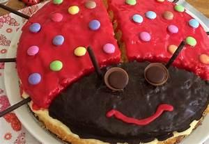 Kuchen 1 Geburtstag Mädchen : paulines kuchen zum 1 geburtstag magazin ~ Frokenaadalensverden.com Haus und Dekorationen