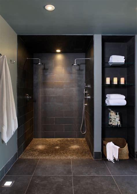 fantastic showers  bidets