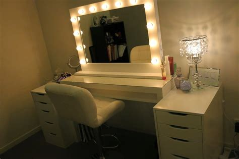 makeup desk with lighted mirror white ikea makeup vanity table for bedroom with lighted