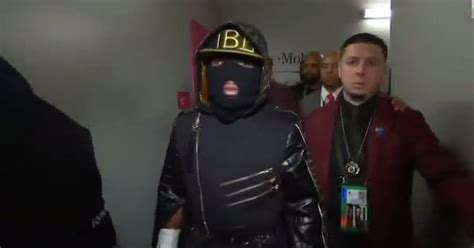 floyd mayweather wears bizarre ring walk outfit  conor