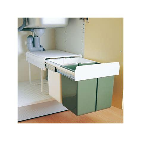 montage plinthe cuisine poubelle sous évier cuisine 30 litres