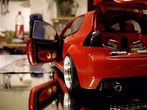 Volkswagen Golf 5 Kaufen : volkswagen golf v gti zender rot revell modellauto 1 18 ~ Kayakingforconservation.com Haus und Dekorationen
