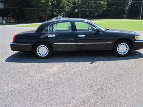 Used Lincoln Town Car Signature Limited Cars For Sale In