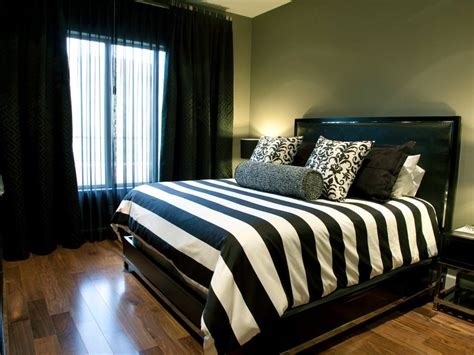 Bedroom Design Ideas Black And White by 25 Black Bedroom Designs Decorating Ideas Design Trends