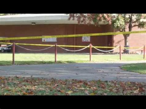 Chico high school lock down - YouTube