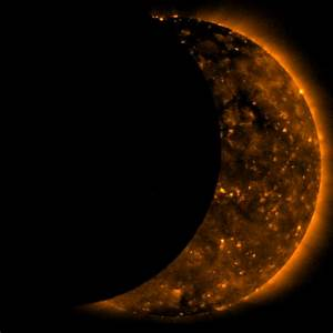 NASA - Ask an Expert: An 'Eclipse' is More Than a Movie