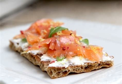 tartines du dimanche soir au fromage frais  au saumon fume