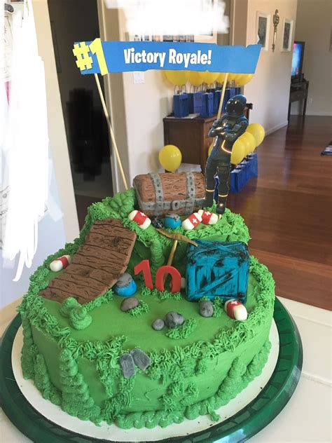 fortnite cake cake decorating  birthday cakes