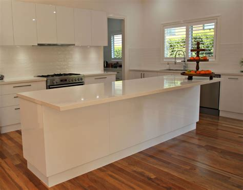 kitchen island with bench modern ballarat white kitchen cabinets matthews joinery 5200