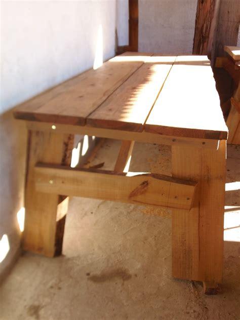 barra  cocina  parrillero  mesas de madera