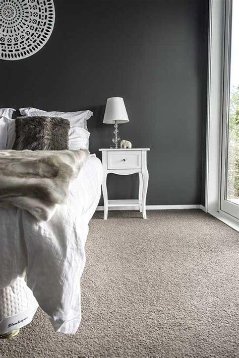 Bedroom Paint Ideas Blue Carpet by Best 25 Carpet Colors Ideas On Grey Carpet