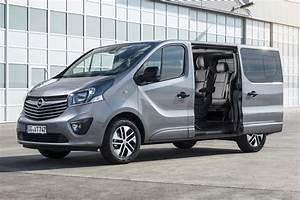 Dimension Opel Vivaro : opel vivaro 2017 versions tourer et combi annoncees ~ Gottalentnigeria.com Avis de Voitures