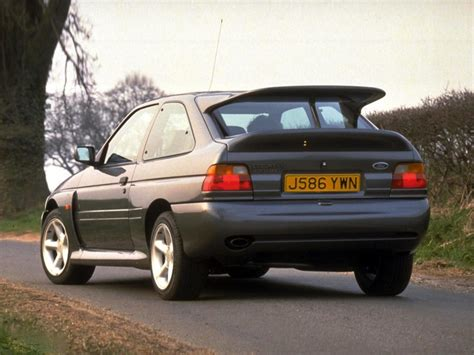 ford escort mk rs cosworth  hot hatch