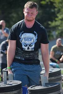 Competitors Show Off Strength  Progress At Strongman