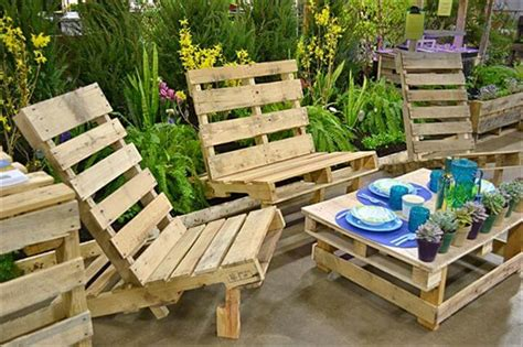cheap easy pallet outdoor furniture