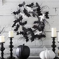 black and white decorations 31 Ideas For Stylish Black & White Halloween Decorations