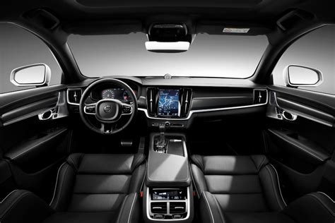 volvo xc  fast car  model price specification