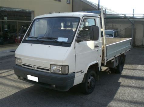 Nissan Trade Pictures & Photos, Information Of