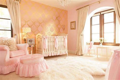 Du willst für dein mädchen ein babyzimmer einrichten und bist auf der suche nach besonderen ideen und tipps. Babyzimmer einrichten - 50 süße Ideen für Mädchen