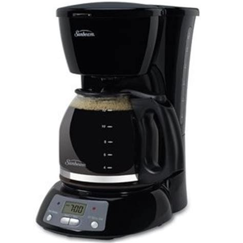 Features of the coffee maker. Sunbeam 12-Cup Programmable Coffeemaker, Black BVSB TGX24 Reviews - Viewpoints.com